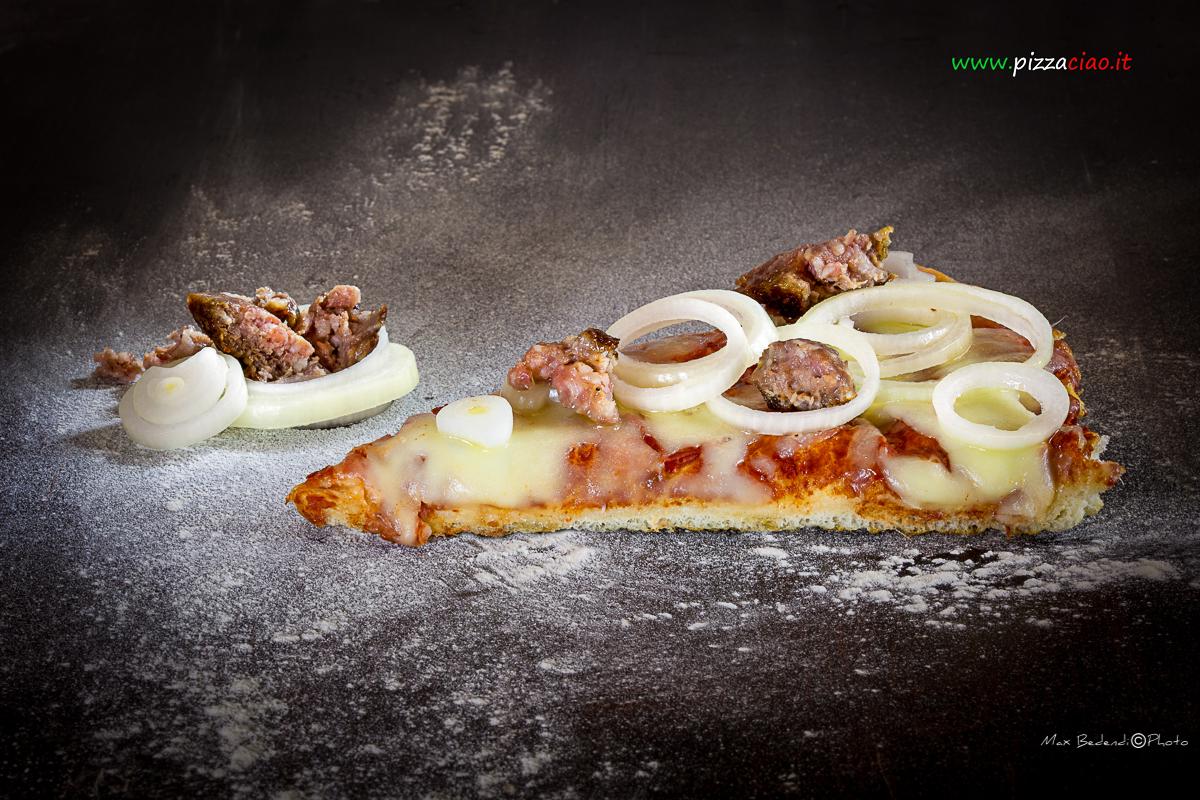 pizzaciao@ salsiccia e cipolla