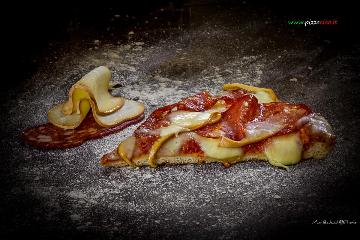 pizzaciao@ spianata calabra e scamorza