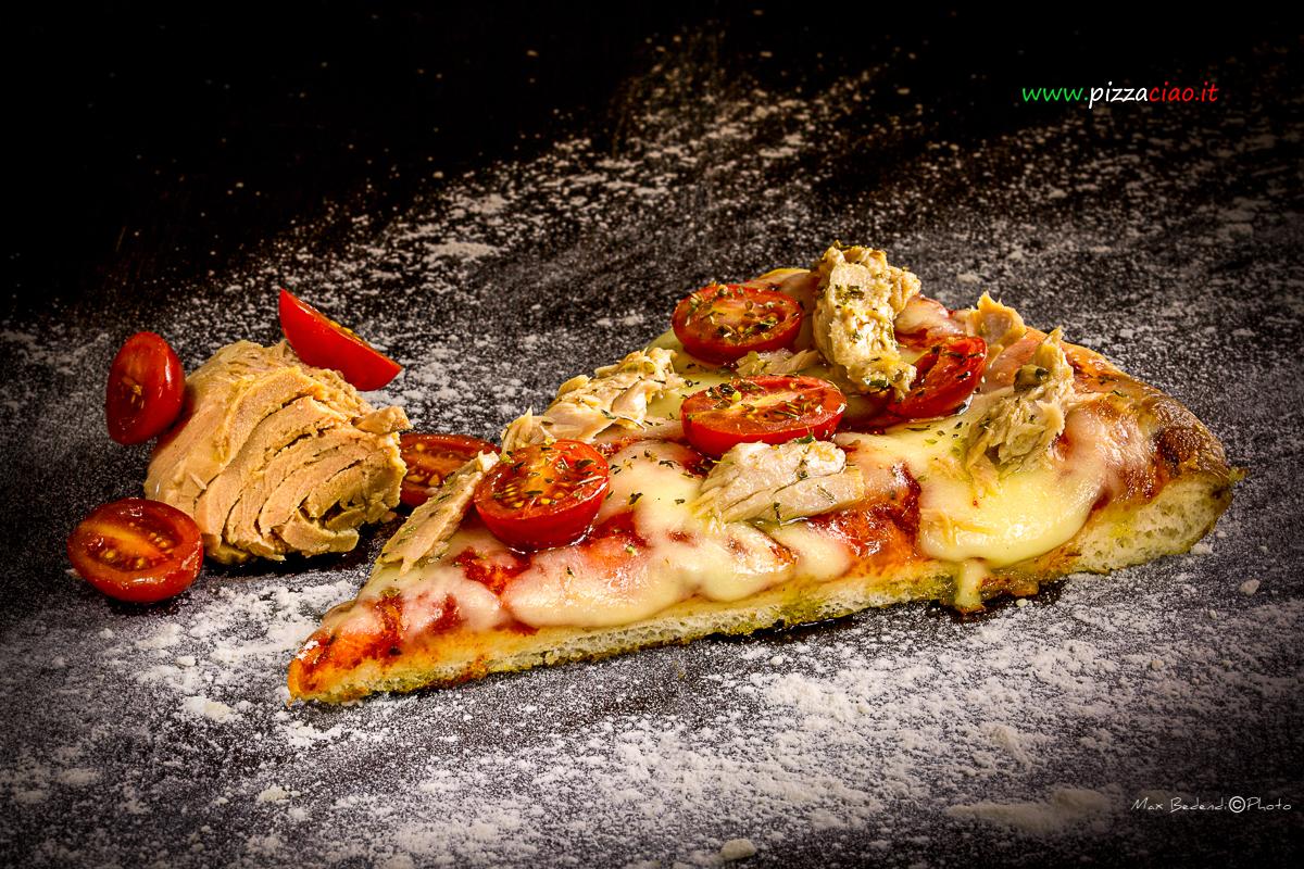 pizzaciao@ tonno e pomodoro